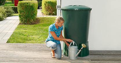 Декоративная емкость для сада и участка Бочка 210
