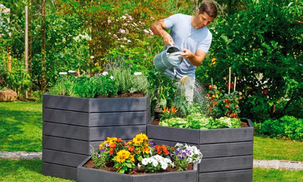 Теплі грядки та компост. Нові садові тренди та поради.