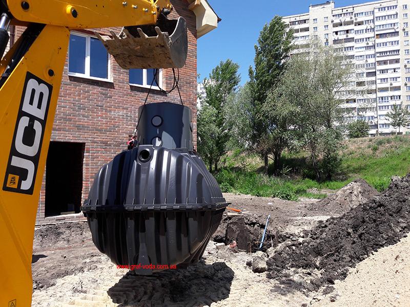 монтаж септиков Анаэробикс в Таунхаузе, Троещина, Киев